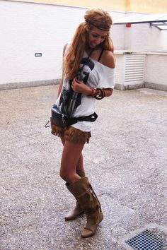 Google Image Result for http://images1.chictopia.com/photos/Sissy/2415701632/brown-zara-shorts-white-zara-t-shirt-brown-bershka-boots_400.jpg