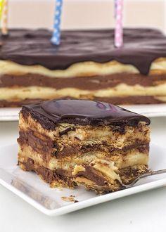 receta tarta galletas Chocolate And Raspberry Tart, Chocolate And Vanilla Cake, Sweet Recipes, Cake Recipes, Dessert Recipes, Yummy Snacks, Yummy Food, Chilean Recipes, Dessert Decoration