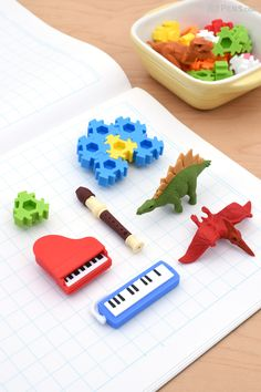 Make learning fun for kids with adorable Iwako Novelty Eraser Sets in fun themes like Dinosaurs and Puzzles.