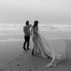 Amazing Wedding Dress, Perfect Wedding, Bridal Photography, Couple Photography, Gold Beach, Boho Wedding, Wedding Day, Beach Elopement, Love Quotes With Images