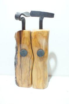 Pfeffermühlen Salzmühlen Set Eibe mit handgeschmiedeter Kurbel Toothbrush Holder, Wood Art, Handarbeit