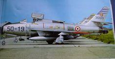 """Republic F-84F """"Thunderstreak"""", impiegati per il bombardamento tattico nucleare. Immagine inviata"""