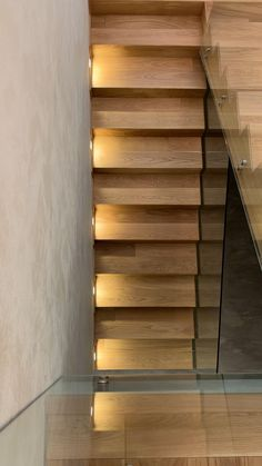 Staircase Design Modern, Modern Stair Railing, Home Stairs Design, Home Room Design, House Balcony Design, Bungalow House Design, House Front Design, Stair Renovation, House Staircase