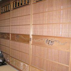 LOHAS material 国産木材新潟県産杉使用 簾戸(すど) 手彫り透かし・杉板・井桁入り - 自然塗料・珪藻土で材工分離・施主支給リフォーム|住宅設備機器・建材のことなら【OK-DEPOT】