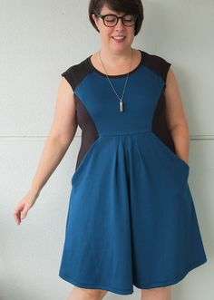 Today's I've got my tester version of the new Tilly and the Buttons Zadie dress for you!