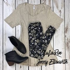 LuLaRoe Perfect T with Leggings and Toms booties. Join my shopping group to shop. Legging Outfits, Cute Outfits With Leggings, Cute Outfits For Kids, Leggings Fashion, Lula Outfits, Classy Outfits, Casual Outfits, Fashion Outfits, Stitch Fix Outfits