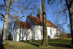 Leifskandsen posted a photo:  Jarlsberg church, Vestfold - Norway.
