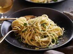 Get Spaghetti al Limone: Spaghetti with Lemon Sauce Recipe from Cooking Channel