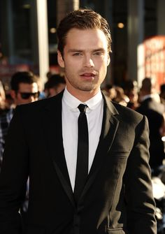 07/19/11 - Los Angeles Premiere of 'Captain America The First Avenger' - 066 - Sebastian Stan Photo Archive | this is so perfect
