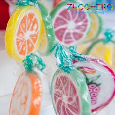 #LOLLIPOP #LECCALECCA vieni a provarli negli Zucchero Store e a breve disponibili anche sul nostro e-commerce! #ZUCCHEROCANDY PREMIUM QUALITY CANDY www.zuccherocandy.it E Commerce, Lollipops, E Design, Candies, Tootsie Pops, Ecommerce, Stick Candy, Candy Canes