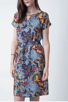 Women's Colorful Dresses has never been so Beautiful! Since the beginning of the year many girls were looking for our Top guide and it is finally got released. Now It Is Time To Take Action! Simple Dresses, Cute Dresses, Casual Dresses, Short Dresses, Summer Dresses, Comfy Dresses, Modest Fashion, Fashion Dresses, Street Style Women