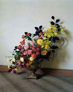 ❈ Fleurs Foncées ❈ dark art photography flowers & botanical prints - Floral Arrangement   Photography by Tim Walker