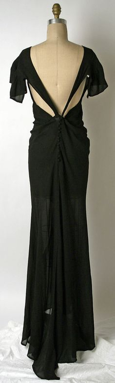 Evening dress by House of Patou, French. Designer: Jean Patou,  circa 1937 (back view).