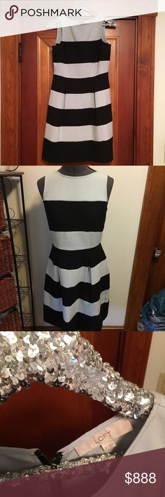 🎉Gray & Black striped loft dress Size 6. Box pleats at the bottom. Universally flattering. Gray & black. Please ask any questions or if need measurements. Loft. Make an awesome offer 👍. LOFT Dresses Midi
