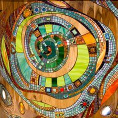 Mosaic Birdbath, Mosaic Pots, Mosaic Garden, Mosaic Glass, Mosaic Tables, Pebble Mosaic, Mosaic Tile Art, Mosaic Diy, Murs Roses