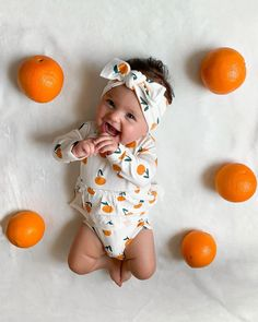 You are in the right place about Baby Clothing homemade Here we offer you the … – Newborn Baby Massage Cute Baby Girl, Cute Babies, Baby Kids, Babies Stuff, Baby Massage, Cute Baby Pictures, Baby Photos, Beautiful Pictures, Baby Blog