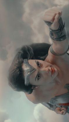 Wonder Woman Art, Gal Gadot Wonder Woman, Dc Comics Heroes, Arte Dc Comics, Gal Gabot, Dc World, Little Poney, Female Hero, Dc Movies