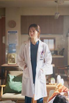 Lee Sung Kyung Doctors, Jikook, Medical Wallpaper, Ahn Hyo Seop, Medical Photography, Romantic Doctor, Han Hyo Joo, Bok Joo, Kdrama Actors