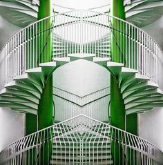 Art Deco Green & White Stairs #artdecointeriors