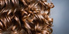 3 home remedies to finish with oily hair- 3 remèdes maison pour en finir avec les cheveux gras Curly hair well-choose-the-cup - Greasy Hair Hairstyles, Homemade Cosmetics, Oily Hair, Hair Serum, Hair Remedies, Hair Loss, Gym Workouts, Traditional, Long Hair Styles