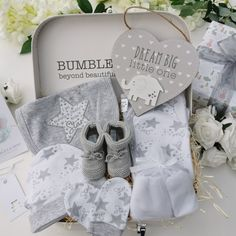 Baby Shower Gift, Stunning Baby Hampers, Luxury Pregnancy Gifts Baby Gift Hampers, Baby Hamper, Baby Shower Nappy Cake, Baby Shower Gifts, Gifts For New Parents, New Baby Gifts, Baby Boutique Clothing, Pregnancy Gifts, Parent Gifts