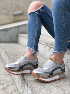 Sneakers Gioseppo Greye con detalle de glitters de colores y plataforma de  4cm. Zapatillas 025d7d49445