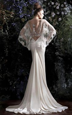 #Wedding gown - image via Damsel in this Dress.