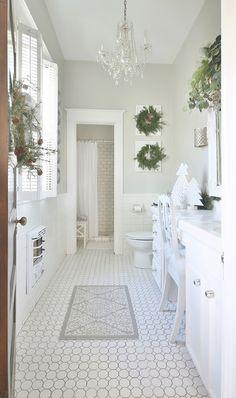Vintage Christmas Decorating In the Bathroom - Thistlewood Farm Built In Bathtub, Deck Flooring, Mini Tour, Christmas Bathroom Decor, Thistlewood Farms, Small Space Bathroom, Vintage Bathrooms, Cool Rooms, Vintage Christmas