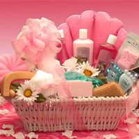 http://shop.o2o.com/item.php?LBB-qiN663V5g-52851 Ultimate Relax Spa  The Ultimate Spa gift basket gifts your lady with everything she needs for a luxurious bath and spa treat! This white wicker bath tray is filled with raspberry scented treats to spoil her from head to toe. She'll enjoy her candle lit bath and spend these heavenly moments thinking of the special someone who sent her the Ultimate Spa gift basket.