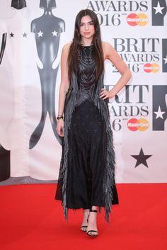 Le tapis rouge des Brit Awards 2016---Dua Lipa Brit Awards 2016, Celebs, Formal Dresses, Music, Fun Stuff, Style, Google, Image, Fashion