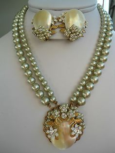 Vintage Unsigned Miriam Haskell MOP Gray Faux Pearl Necklace Matching Earrings