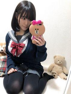 埋め込み School Girl Japan, Japan Girl, Japanese School Uniform, School Uniform Girls, Girls Uniforms, Lala, Perfect Selfie, Asia Girl, Photos Of Women