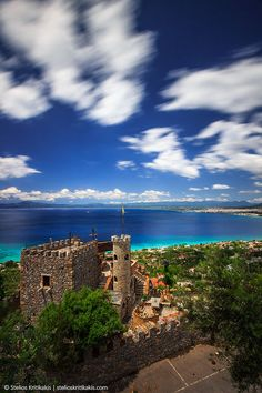Castle at Kalamata, Greece Places Around The World, Oh The Places You'll Go, Places To Travel, Places To Visit, Around The Worlds, Pays Europe, Portugal, Myconos, Places In Greece