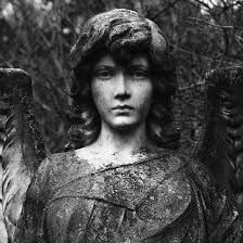 Resultado de imagen para FOTOGRAFIA DE ANGELES DE PIEDRA