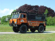 Loudpop Voyager - Land Rover Forward Control