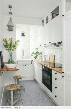 40+ Inspiring Tiny Kitchen Design Ideas for Small House