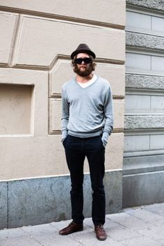 white + black + gray, classic and neutral menswear style + fashion Sharp Dressed Man, Well Dressed Men, I Love Beards, Hey Man, Tonne, Basic Outfits, Casual Street Style, Mens Fashion, Style Fashion