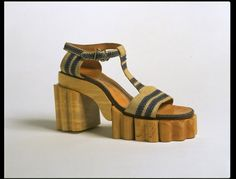 Stylish wooden-soled beach sandals by Bunting & Sons, London, 1937 or 1938.