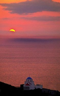 Magical sunset in Serifos