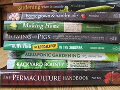 Building A Homesteading/Self Reliance Library: How To Select the Best Books