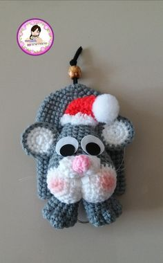 Varanya Chira Crochet Key Cover, Diy And Crafts, Fun Crafts, Key Covers, Crochet Animals, Hair Pins, Crochet Baby, Tatting, Dangles