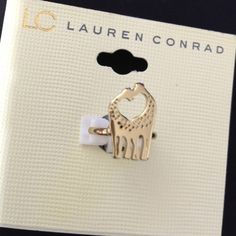 Gold tone Giraffe midi ring Love is in the air! Couple in love theme midi ring. Gold tone, very lovely LC Lauren Conrad Jewelry Rings