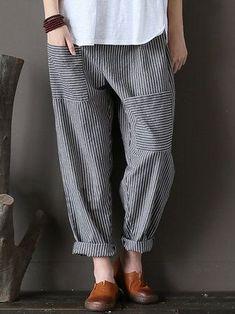 Women Stripe Elastic Waist Casual Loose Harem Pants at Banggood Fashion Pants, Look Fashion, Fashion Dresses, Womens Fashion, Fashion Fall, Fashion Edgy, Fashion Ideas, Fashion Trends, Linen Pants