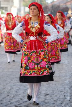 The cultural heritage of Portugal is a blend of complex civilizations as the country possesses a very long history. The Portuguese people are very well-known for the festive and cultural celebrations and participations in carnivals, art performances, music and dances.