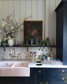 Salon Interior Design, Home Interior, Interior Paint, Diy Kitchen, Kitchen Decor, Kitchen Ideas, Eclectic Kitchen, Eclectic Decor, Olive Kitchen