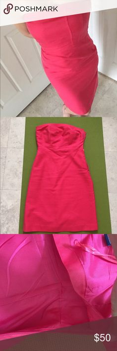 Ann Taylor tube top dress Cotton x silk. Very pretty pop out coral color. Fully lined and there is a compartment inside to sneak a pad in if you don't want to wear a strapless bra. So sorry to let this go but it's becoming uncomfortably small....... In great condition. Ann Taylor Dresses