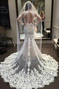Prom Dress Fitted, Vestido De Noiva Lace Mermaid Wedding Dresses 2018 Bride Gowns Vintage Robe De Mariage Wedding Dress There are delicate lace prom dresses with sleeves, dazzling sequin ball gowns, and opulently beaded mermaid dresses. Wedding Dresses 2018, Lace Mermaid Wedding Dress, Mermaid Dresses, White Wedding Dresses, Bridal Dresses, Dress Wedding, Dress Lace, Wedding Dressses, White Dress