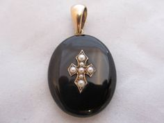 Antique Victorian c1860 9ct Yellow Gold Black Enamel and Seed Pearl Mourning Locket