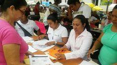 Realizan censo para apoyar a comerciantes afectados en Tehuantepec.