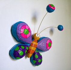 Mariposa de Papel Maché by Choicita, via Flickr